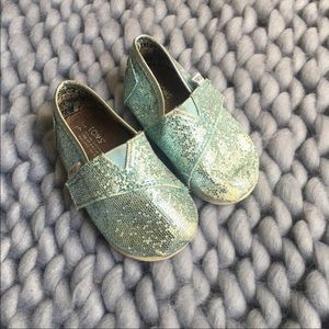 Toms Toddler Blue Classic Glitter Slip On Shoes